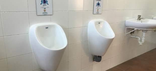 Dos de los urinarios ecológicos instalados