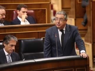 Juan Ignacio Zoido en la sesión de control al Gobierno en el Congreso