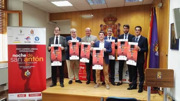Presentación de la XXXV Carrera Urbana Internacional de San Antón.