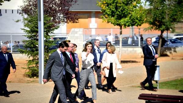 La Reina doña Letizia inaugura el curso académico de FP en Teruel