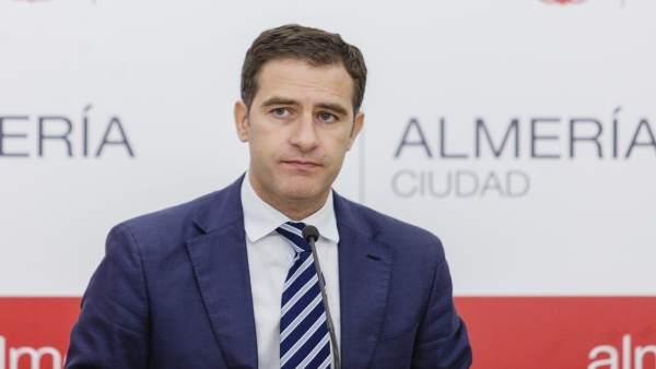 Miguel Ángel Castellón (PP) en rueda de prensa