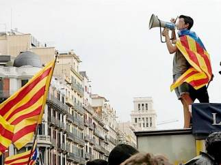 Estudiantes a favor del referéndum en Cataluña