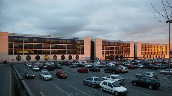 La upna desarrolla la pr xima semana un programa de m s de for Pisos caja rural navarra