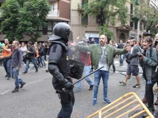 Antidisturbios en el 1-O