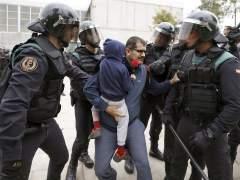 Los agentes en Cataluña, entre el cansancio, la incertidumbre y la obligación