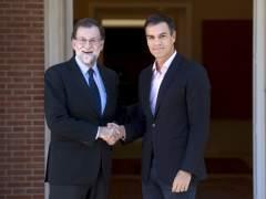 Discrepancias entre PSOE y PP por un supuesto acuerdo de elecciones en Cataluña en enero