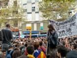 Concentración frente a la sede del PP catalán