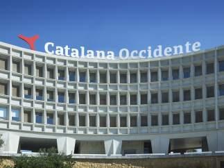 """El Govern catalán denuncia """"presiones"""" para favorecer una fuga de empresas que no cesa"""