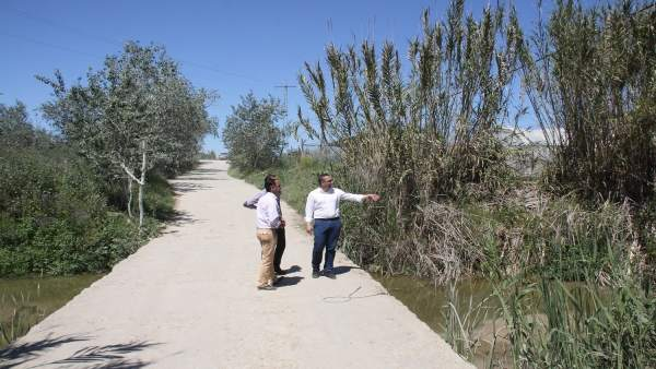 Juan Manuel Valle visita la zona.