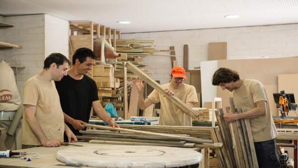 La obra social 39 la caixa 39 destina m s de euros a cinco proyectos de inserci n sociolaboral - Pisos de obra social la caixa ...