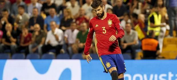 Piqué, único ausente del entrenamiento de España por un proceso febril