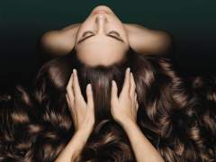 Pelazo Summer-proof: descubre cómo cuidar tu cabello en verano