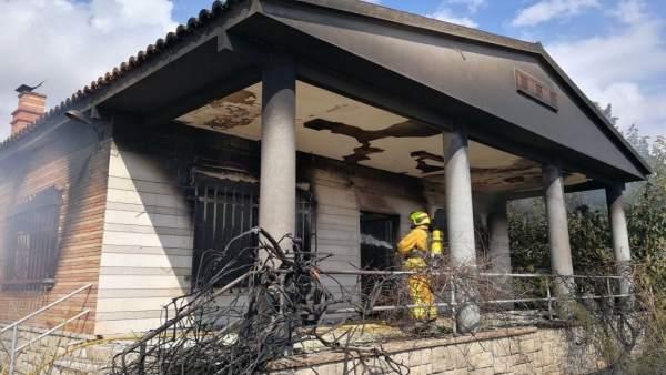 Casa afectada por el incendio