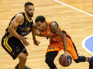 Valencia Basket vence a Iberostar Tenerife