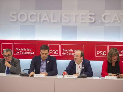 Àngel Ros, presidente del PSC; Pedro Sánchez, líder del PSOE; Miquel Iceta, primer secretario del PSC, y su número dos, Núria Marín.
