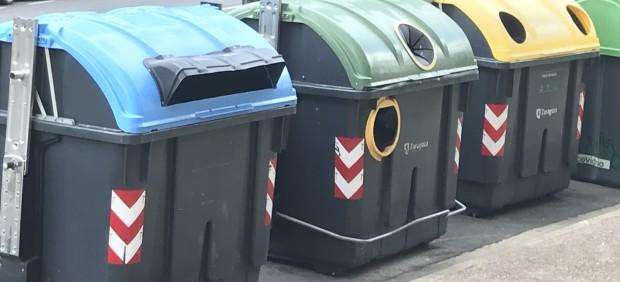 Contenedores de recogida selectiva de basura