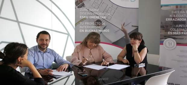 Firma del acuerdo entre el comercio de mueble y los decoradores de Bizkaia