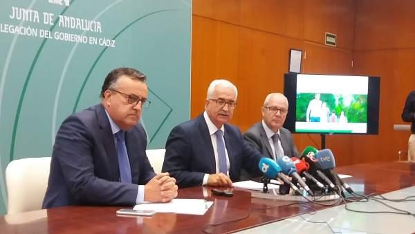 Jiménez Barrios presenta los presupuestos de la Junta pa Cádiz