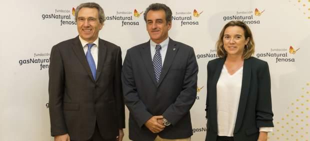 El consejero (en el medio) en una jornada de Fundación Gas Natural Fenosa