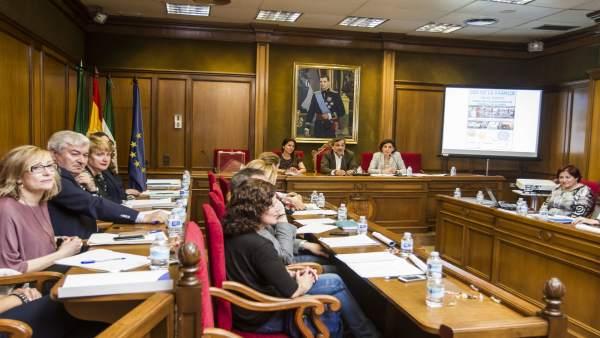 Las asociaciones del Consejo Provincial de la Familia reciben subvenciones.