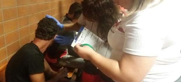 S'eleva fins a huit el nombre d'immigrants detinguts després d'arribar al Cap de l'Horta (Alacant)