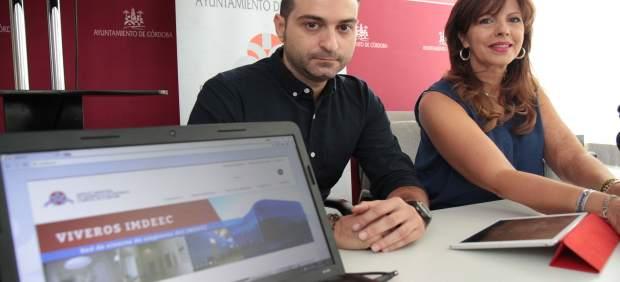 María del Mar Téllez presenta la nueva página web del Imdeec