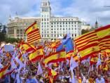 Manifestación en Barcelona bajo el lema 'Cataluña sí, España también'