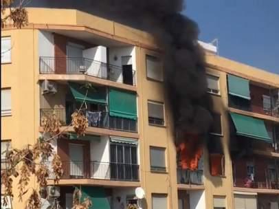Incendio en un edificio de Puçol