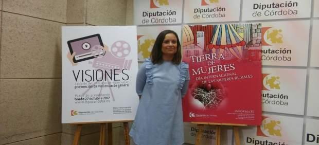 Ana Guijarro presenta las actividades y el concurso de vídeo