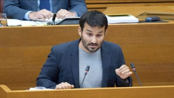 """El PP demana retirar Educació a Compromís """"per a frenar l'adoctrinament nacionalista"""""""