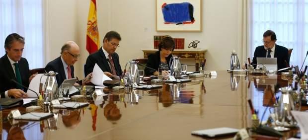 Rajoy preside la reunión del Consejo de Ministros Extraordinario