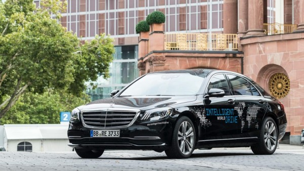 Así será la conducción autónoma de Mercedes-Benz