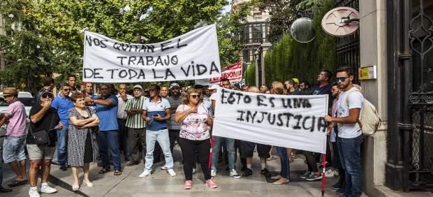 Manifestación contra el derribo de invernaderos en Albuñol