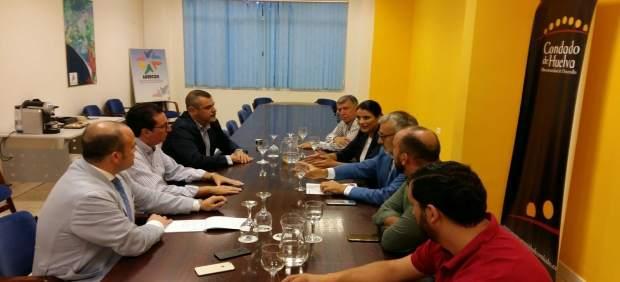 Reunión del PSOE, PP y Cs en la Mancomunidad del Condado.