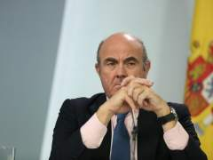 El Gobierno reduce al 2,3 % el PIB previsto para 2018 por la situación en Cataluña
