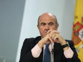 El Gobierno reduce al 2,3% el PIB por la situación en Cataluña y la prórroga del Presupuesto