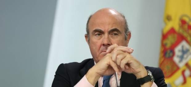 Luis de Guindos en la rueda de prensa tras el Consejo de Ministros