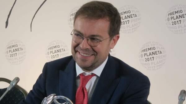 """Javier Sierra: """"La función suprema de la literatura no es entretener, es despertar"""""""