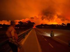Controlados los incendios en el norte y en el sur de Portugal que han dejado 43 muertos