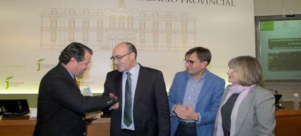 El jiennense Francisco Sánchez, Premio de Investigación Agraria del IEG