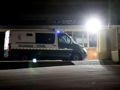 Jordi Sánchez y Jordi Cuixart ingresan en prisión
