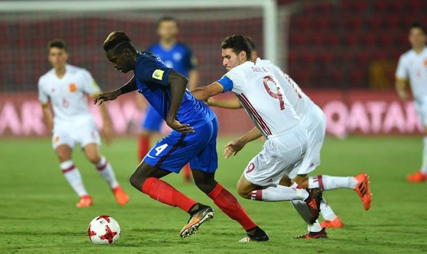 Un gol en el minuto 90 da a España el billete para cuartos en el Mundial sub-17 ante Francia