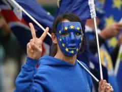 El Reino Unido comenzará a registrar a los comunitarios en 2018
