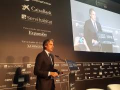 """De la Serna dice que el sector inmobiliario está asustado por la """"amenaza"""" de Cataluña"""