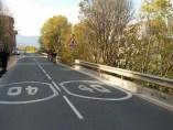 Sistema luminoso que capta ciclistas