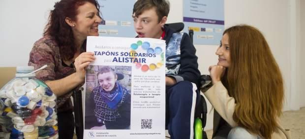 Campaña solidaria de tapones en Ourense.