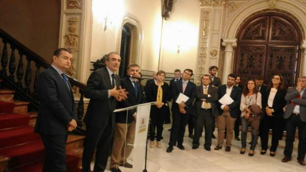Rueda de prensa tras la comisión de seguimiento de las obras del AVE