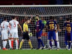 Ni la expulsión de Piqué impide la victoria del Barça ante Olympiacos