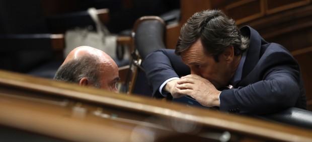 Guindos descarta un corralito en Cataluña: