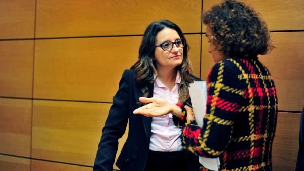 Mónica Oltra y Dolors Montserrat